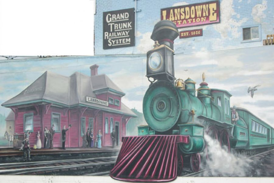 Train mural in Lansdowne
